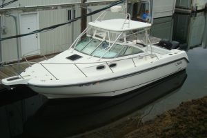 2002 BOSTON WHALER 295CQ for sale