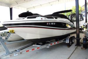 2013 HURRICANE SD 2400 I/O for sale