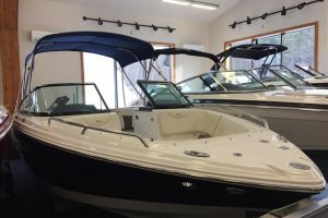 2017 CHAPARRAL 227 for sale