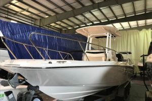 2017 BOSTON WHALER 270 for sale