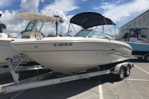 2005 SEA RAY 220 SELECT for sale