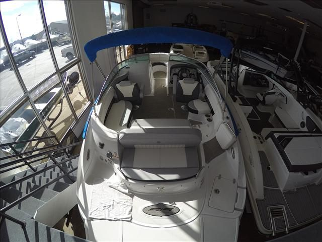 2015 Cruisers Yachts boat for sale, model of the boat is 238 & Image # 2 of 10