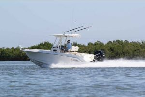 2017 BOSTON WHALER 230 for sale