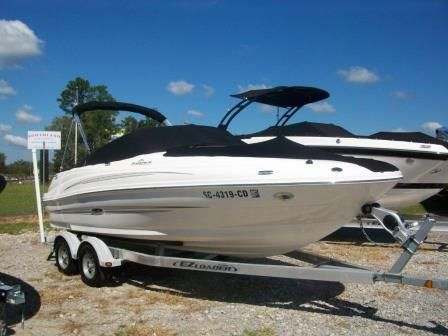 2011 Sea Ray boat for sale, model of the boat is 200 Sundeck & Image # 2 of 12
