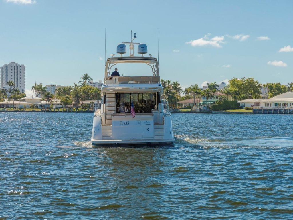 2018 Sea Ray boat for sale, model of the boat is L650 Fly & Image # 6 of 73