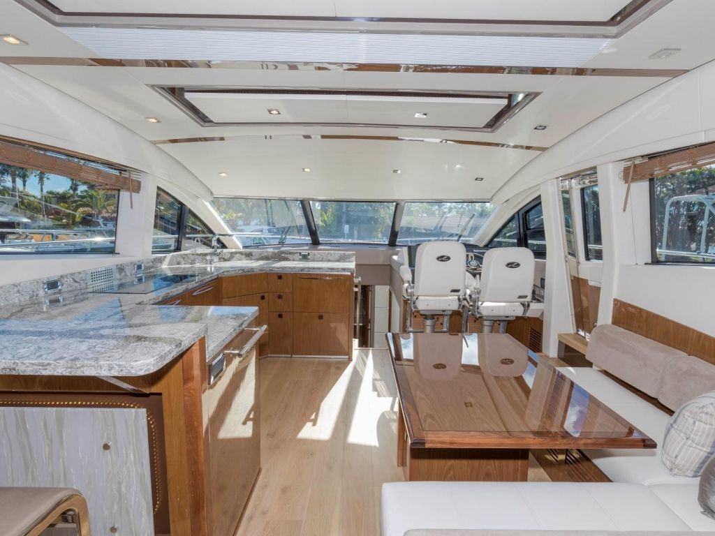 2018 Sea Ray boat for sale, model of the boat is L650 Fly & Image # 42 of 73