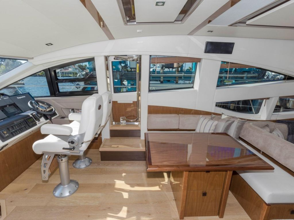 2018 Sea Ray boat for sale, model of the boat is L650 Fly & Image # 47 of 73