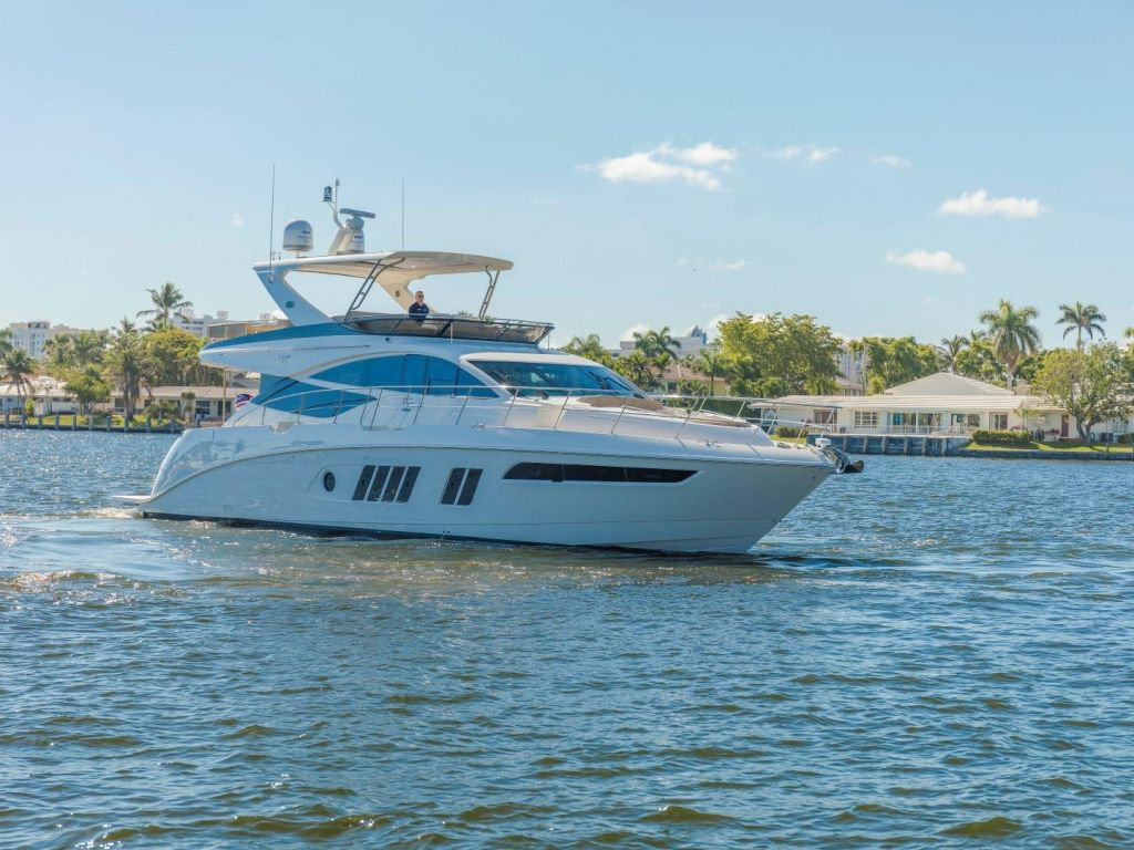 2018 Sea Ray boat for sale, model of the boat is L650 Fly & Image # 11 of 73