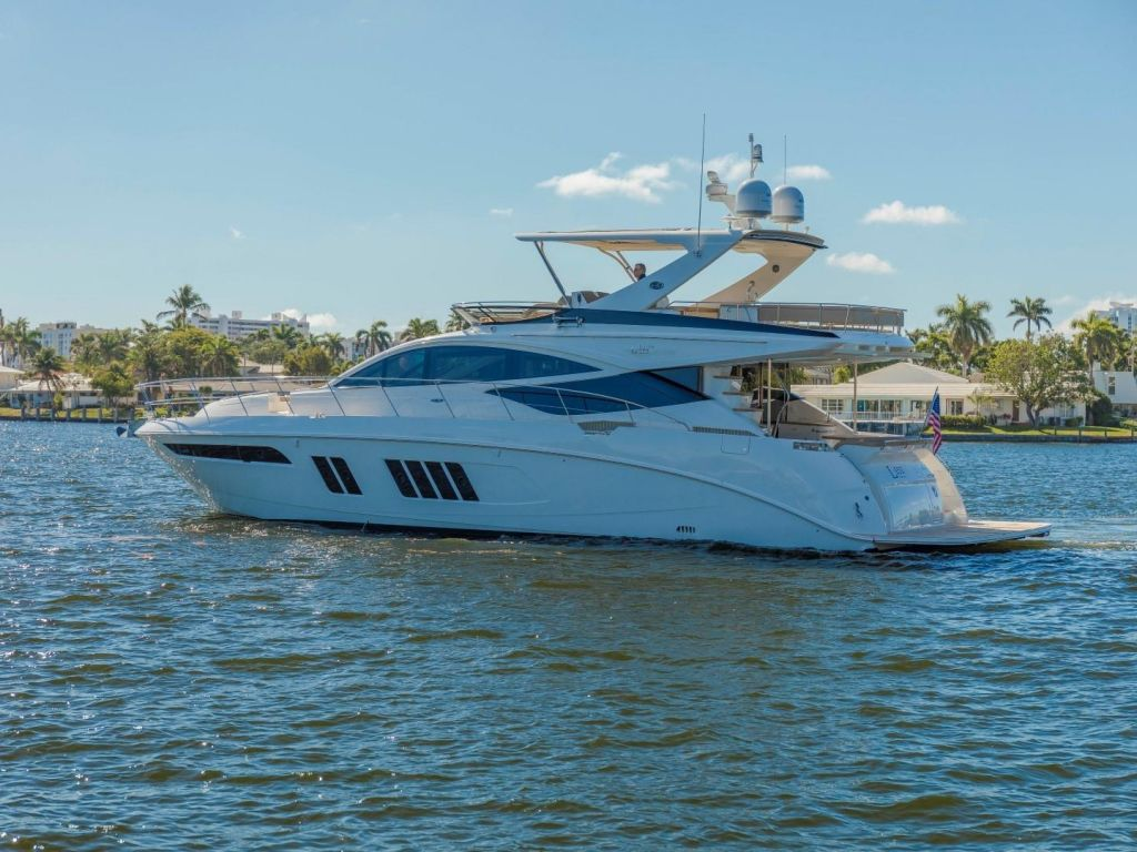 2018 Sea Ray boat for sale, model of the boat is L650 Fly & Image # 3 of 73