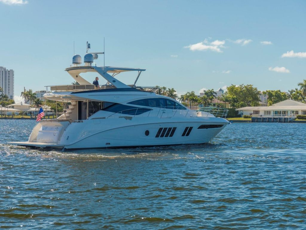 2018 Sea Ray boat for sale, model of the boat is L650 Fly & Image # 7 of 73