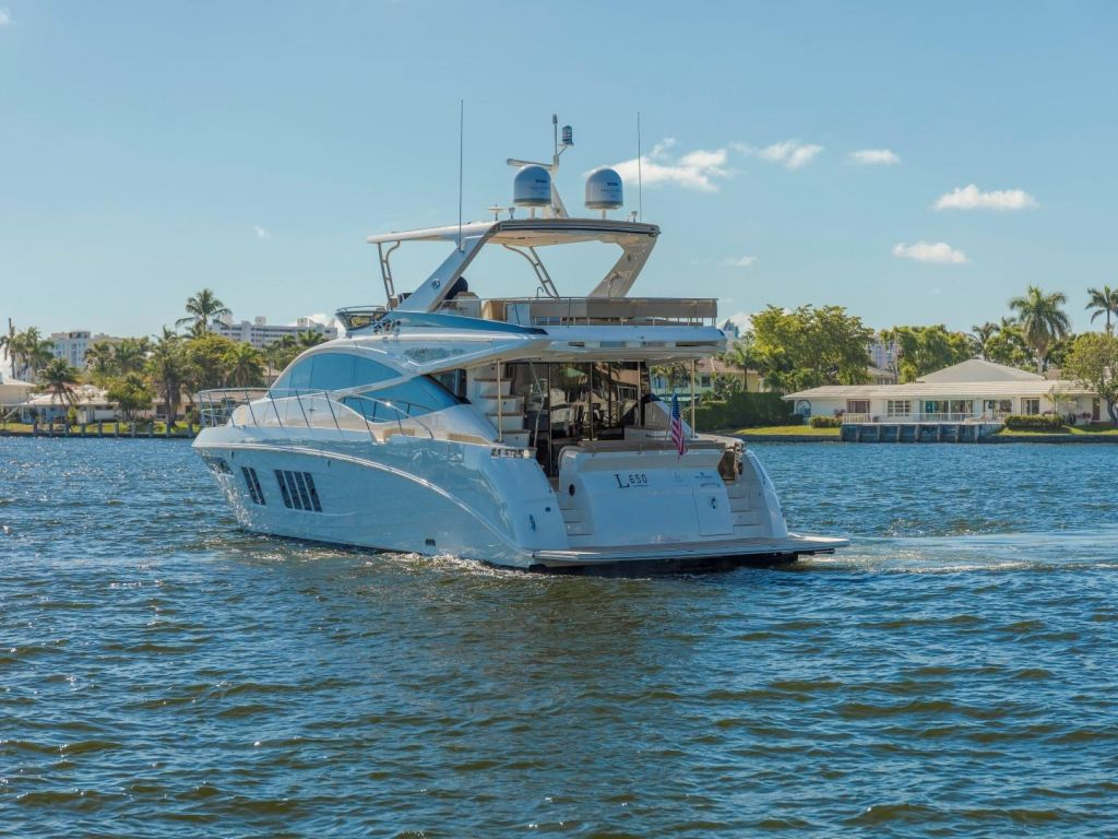 2018 Sea Ray boat for sale, model of the boat is L650 Fly & Image # 4 of 73