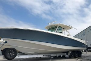 2017 BOSTON WHALER 370 OUTRAGE for sale