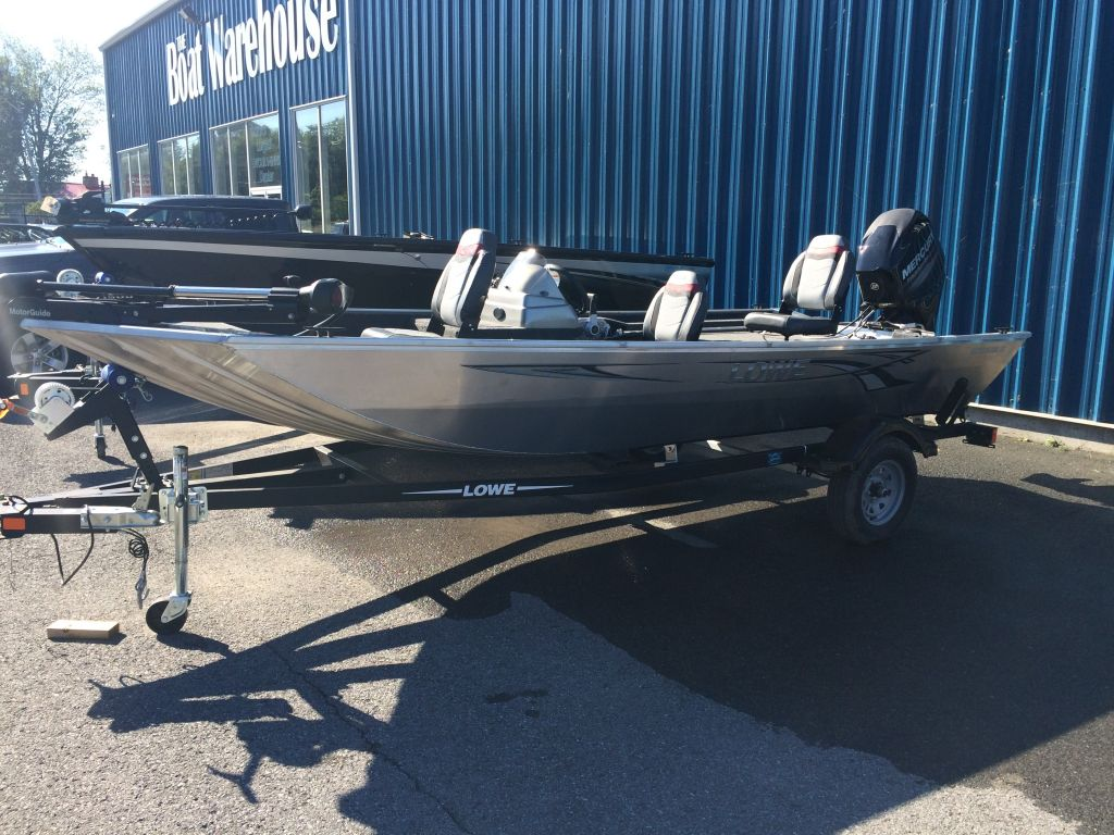 For Sale: 2017 Lowe Stryker 17 17ft<br/>The Boat Warehouse - Kingston