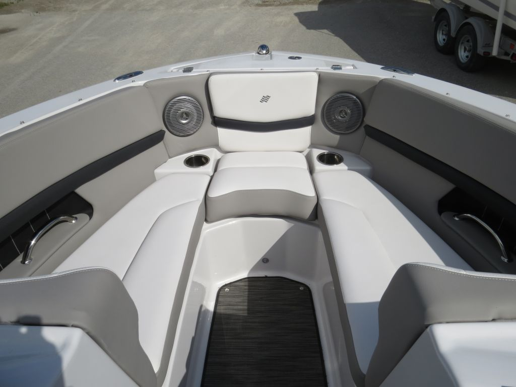 2018 Four Winns boat for sale, model of the boat is H210 Mercruiser 250HP Trailer & Image # 33 of 35