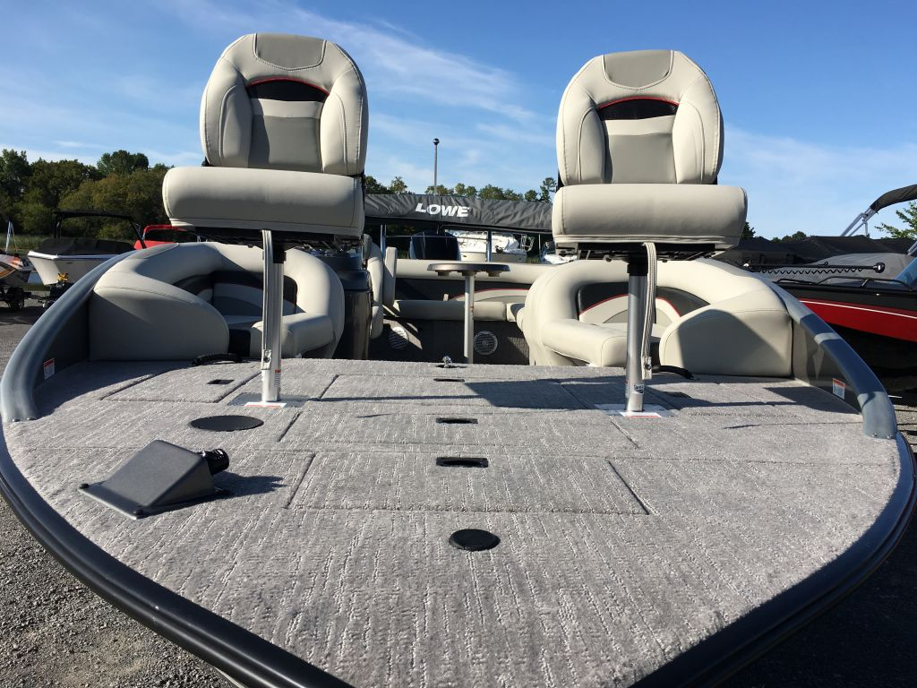 2017 Lowe boat for sale, model of the boat is SD 224 Mercury 150HP 4S & Image # 10 of 29