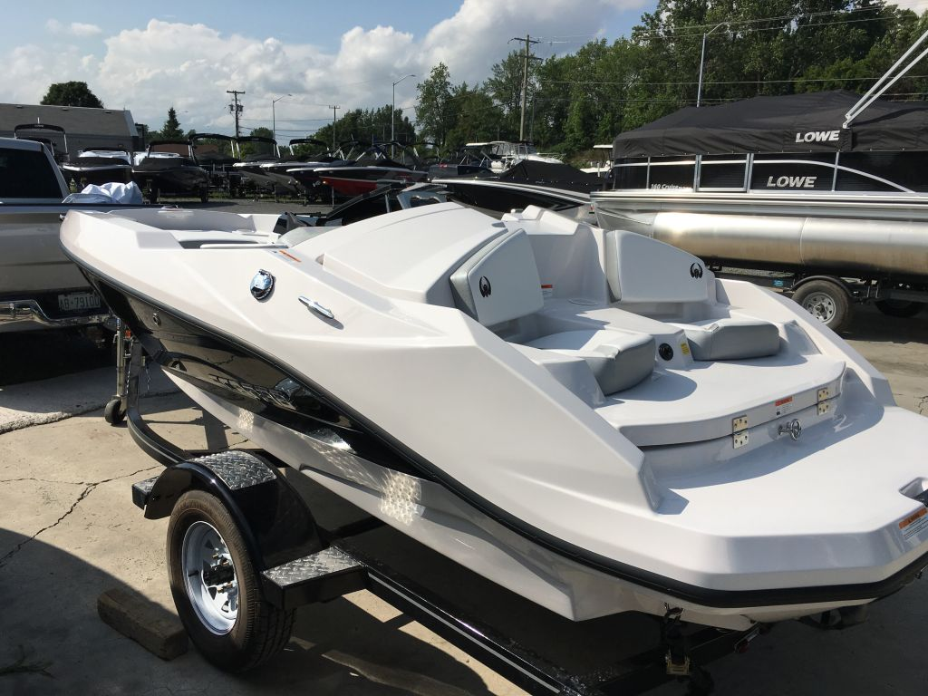 2018 Scarab boat for sale, model of the boat is 165 Ghost Rotax 150HP Trailer & Image # 4 of 13