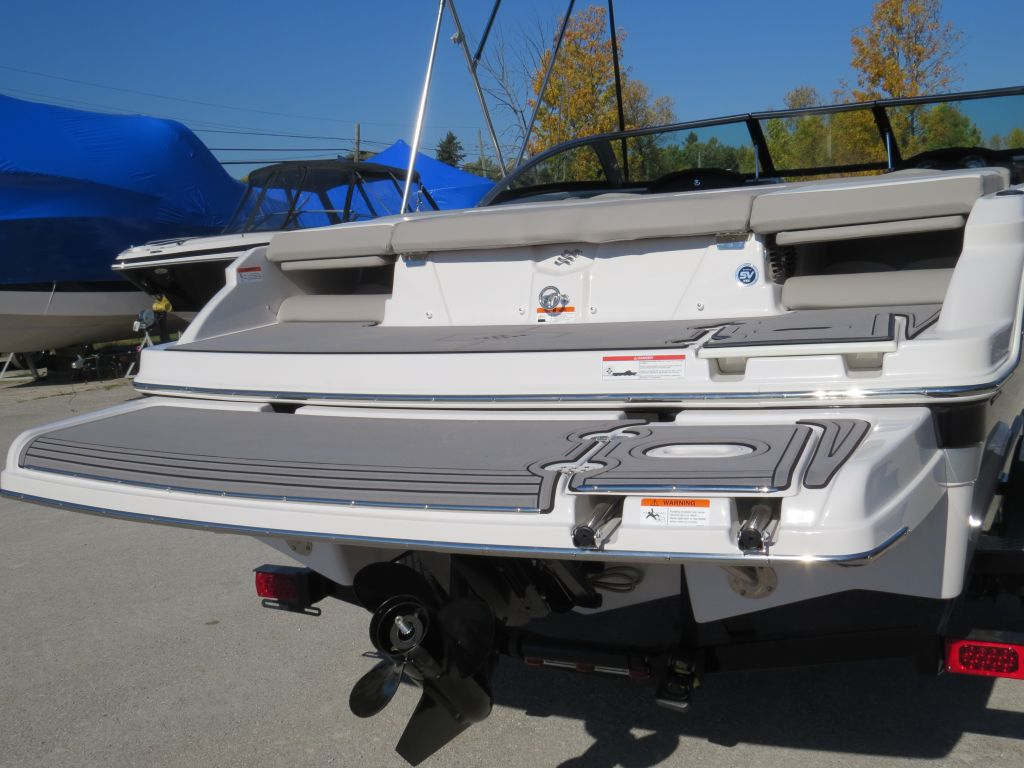 2018 Four Winns boat for sale, model of the boat is H190 Volvo Penta 200HP Tower Trailer Ext Platform & Image # 27 of 32
