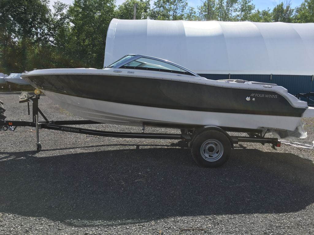 2018 Four Winns boat for sale, model of the boat is H190 Volvo Penta 200HP Trailer Ext Platform & Image # 2 of 27