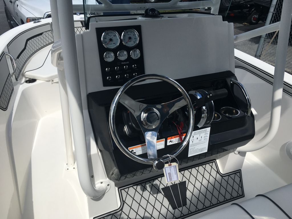 2018 Wellcraft boat for sale, model of the boat is 182 Fisherman Mercury 115 EXLPT 4S & Image # 11 of 26