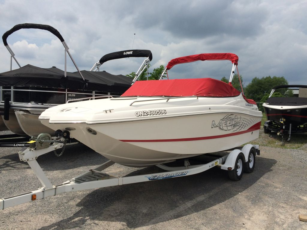 For Sale: 2009 Rinker 210 Mtx ft<br/>The Boat Warehouse - Kingston