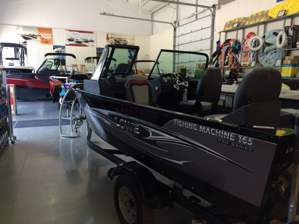 2018 Lowe boat for sale, model of the boat is FM165 Pro WT Mercury 60HP Trailer Trolling Motor Fish Finder & Image # 3 of 22