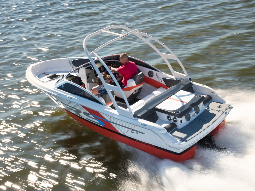 2018 Four Winns boat for sale, model of the boat is H180 RS Extended Swim Platform V6-200/SX & Image # 3 of 16