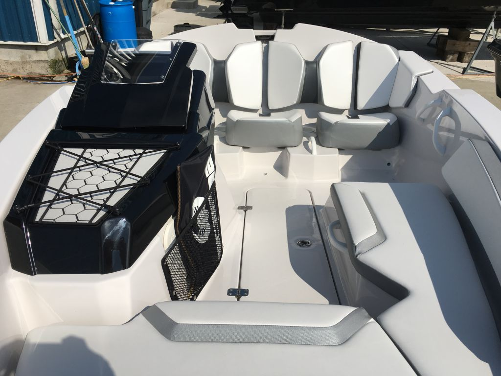 2018 Scarab boat for sale, model of the boat is 165 Ghost Rotax 150HP Trailer & Image # 7 of 13