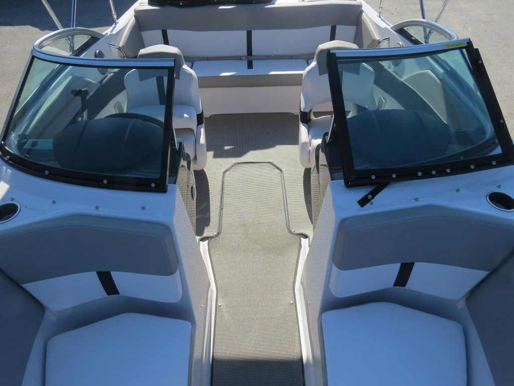 2018 Four Winns boat for sale, model of the boat is H190 Volvo Penta 200HP Trailer Ext Platform & Image # 23 of 27