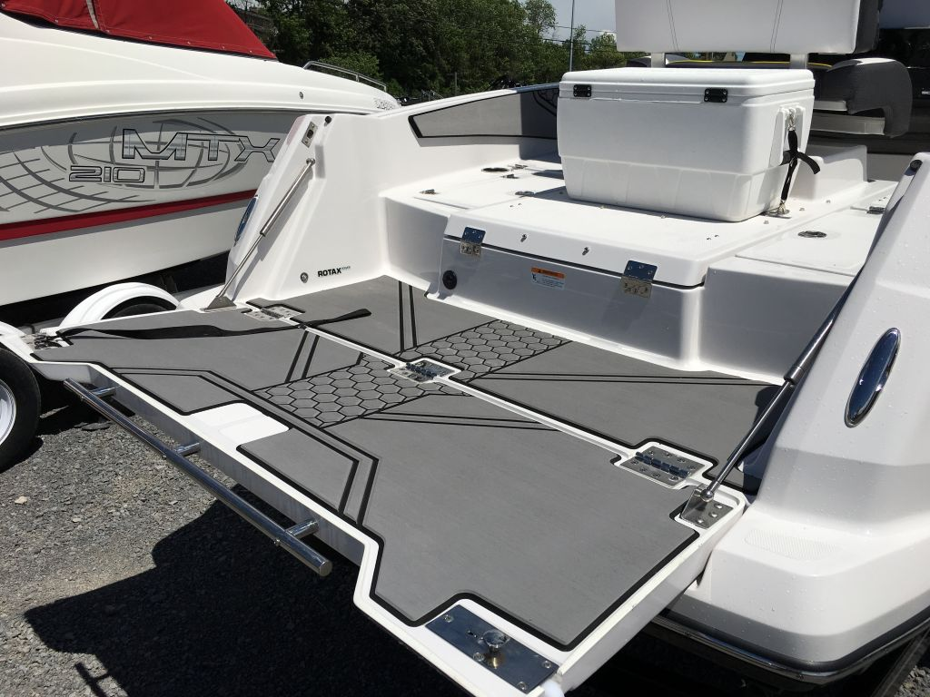 2017 Scarab boat for sale, model of the boat is 195 Open BRP 250HO Rotax T-top w/ bimini and tow pole drop down tailgate pump-out head cooler livewell trailer. & Image # 8 of 23