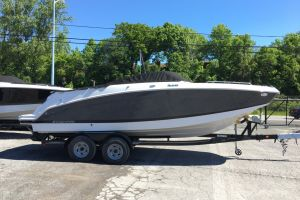 2018 FOUR WINNS 2018 FOUR WINNS HD 240 MERCRUISER 6.2L BRAVO 3 350 HP  TANDEMTRAILER for sale