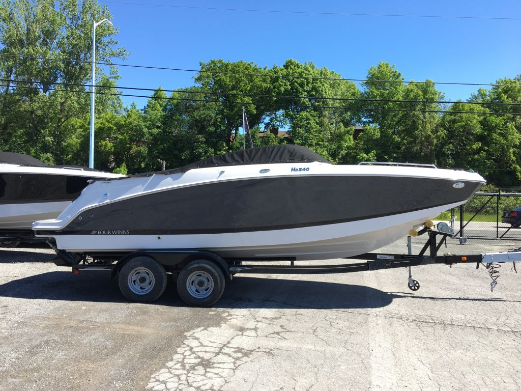 For Sale: 2018 Four Winns Hd 240 Mercruiser 6.2l Bravo 3 350 Hp  Tandemtrailer 24.4ft<br/>The Boat Warehouse - Kingston