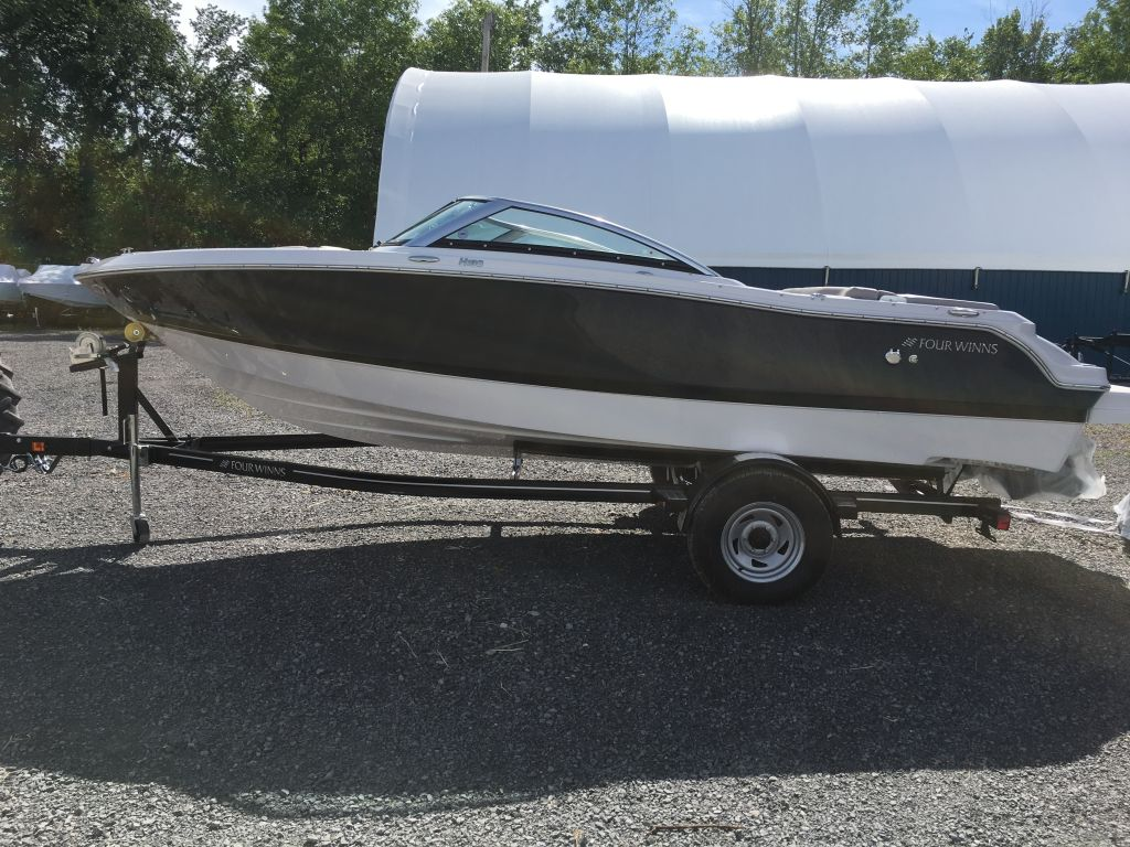 2018 Four Winns boat for sale, model of the boat is H190 Volvo Penta 200HP Tower Trailer Ext Platform & Image # 3 of 32