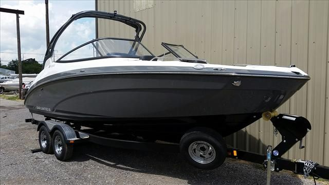 2016 Yamaha boat for sale, model of the boat is 242 Limited S & Image # 1 of 7