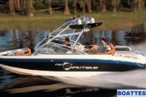 2008 Correct Craft CROSSOVER NAUTIQUE 236