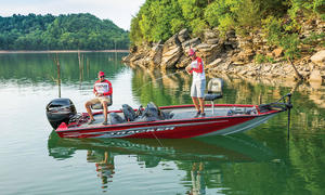 2020 Tracker Boats PRO TEAM 195 TXW TOURNAMENT ED  Buyers Guide Photo