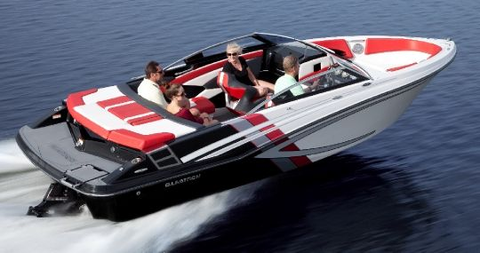 2014 Glastron GTS 225 Buyers Guide 15476 | Boat Buyers Guide