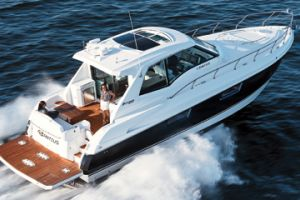 2011 Cruisers Yachts 48 CANTIUS SPORTS COUPE