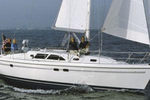 2011 Catalina Yachts 387