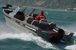 2005 Tracker Boats Tracker Targa 17 Sport