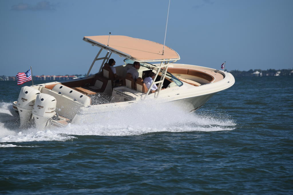 2019 Chris Craft CALYPSO 30