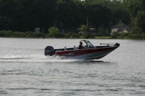 2015 Smoker Craft 182 Pro Angler XL Boat Test Photo