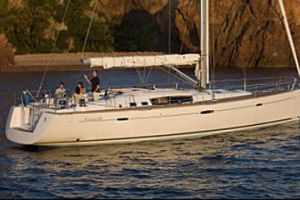 2011 Beneteau Oceanis 54 Buyers Guide Photo