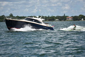 2019 Chris Craft COMMANDER 44