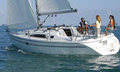 2011 Catalina Yachts 320MKII