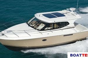 2009 Silverton 33 SPORT COUPE Buyers Guide Photo
