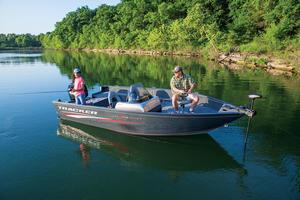 2019 Tracker Boats PRO GUIDE V-175 SC