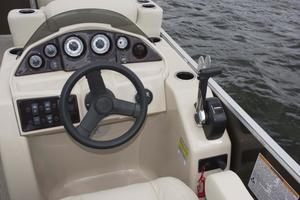 2020 Sylvan 820 MIRAGE FISH 4.0 Buyers Guide Photo