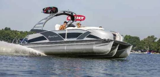 2013 Aqua Patio 250 Express Boat Test & Review 893
