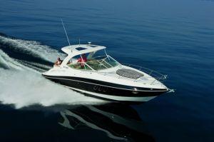 2018 Cruisers Yachts 35 EXPRESS