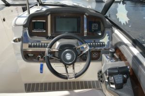 2017 Chaparral 337 SSX Boat Test Photo